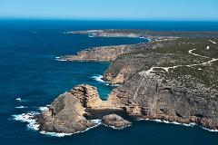 Experience the Eyre Peninsula in your own private aircraft – The Ultimate Seafood Extravaganza!