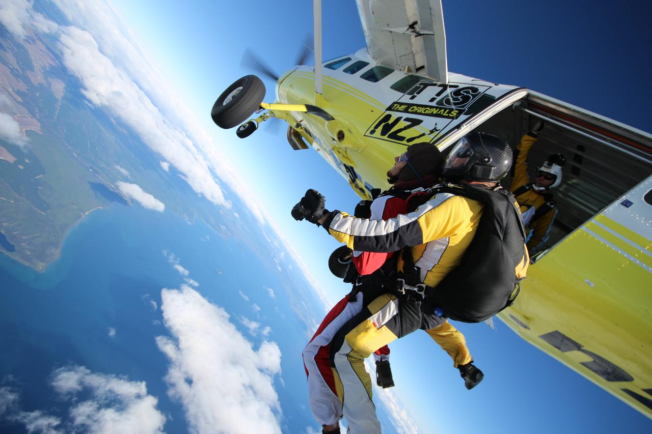 SKYDIVE Reservation