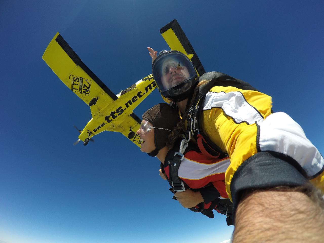 15,000ft Skydive Voucher