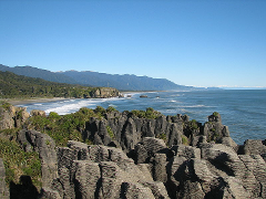 Punakaiki Blow Holes & Pancake Rocks Tour