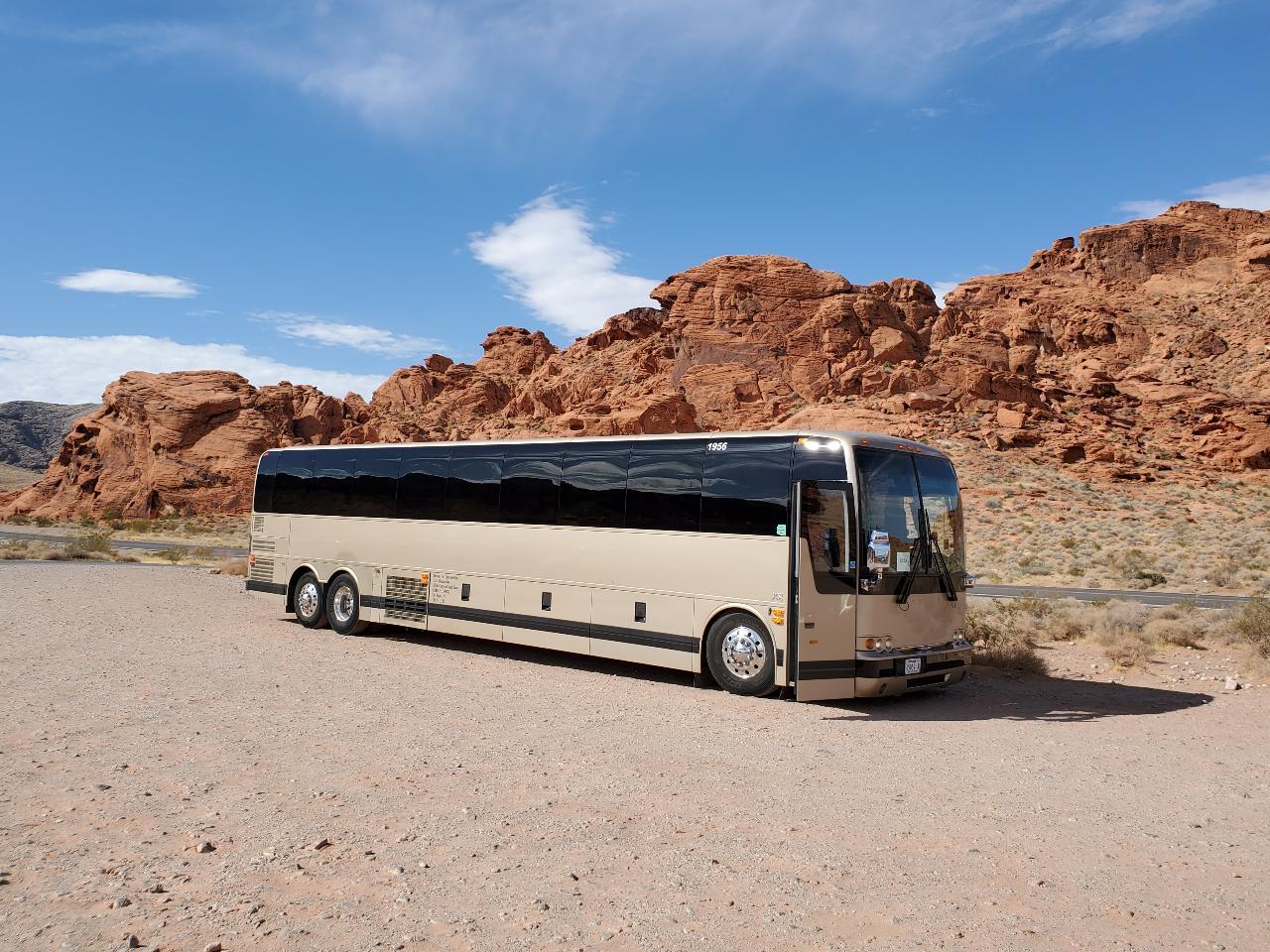 One-way Shuttle: Las Vegas to Tusayan (Grand Canyon Area)