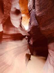 Antelope Canyon X & Horseshoe Bend Tour from Las Vegas