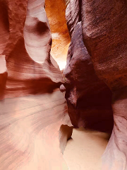VIP Small Group Tour to Antelope Canyon X  & Horseshoe Bend from Las Vegas - Excalibur Pickup