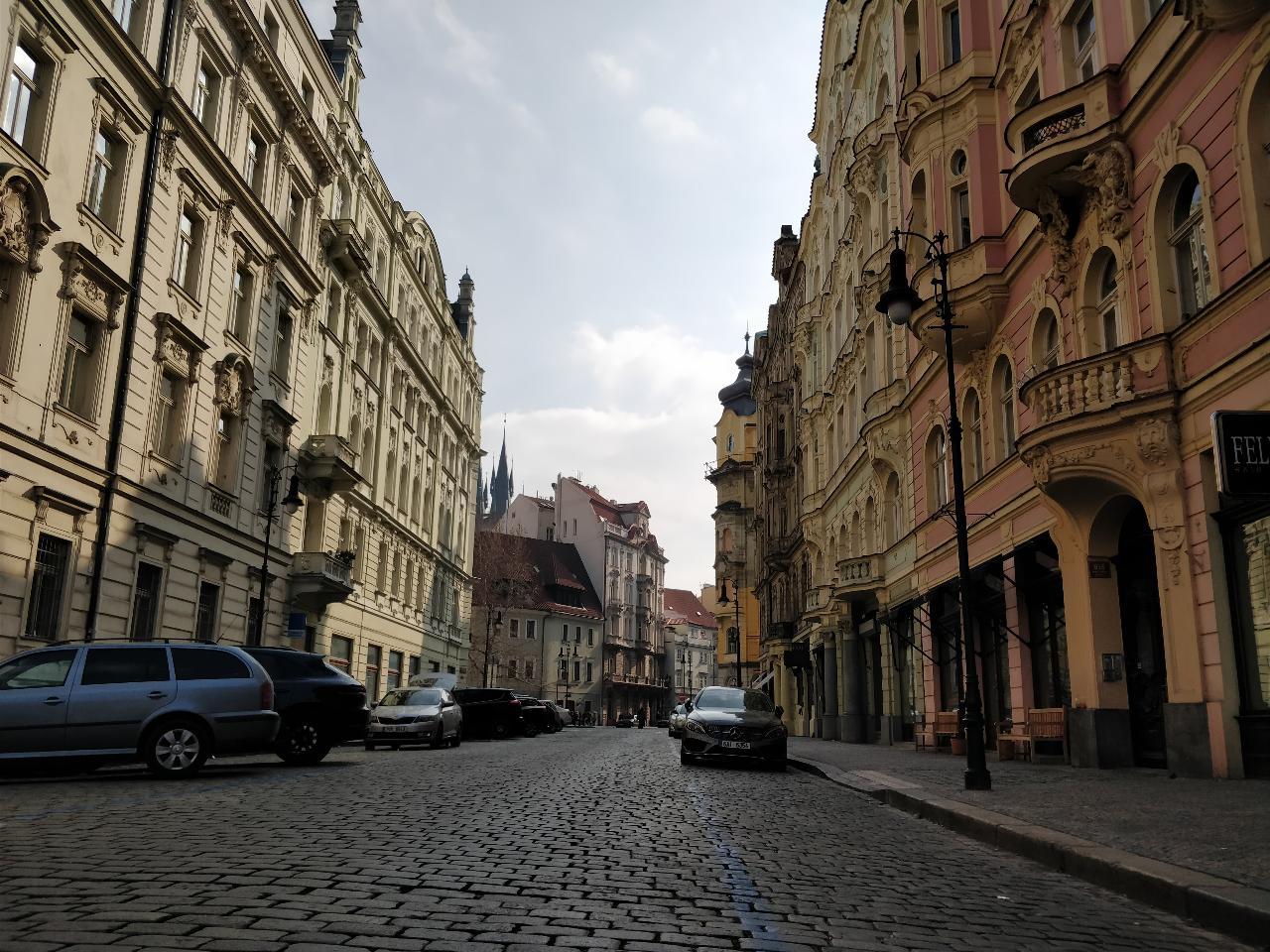 Prague Private Full Day Walking Tour