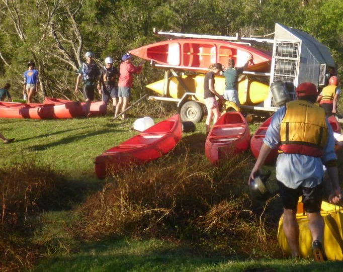Canoe / Kayak Trail Shuttle Services from / to Buccarumbi