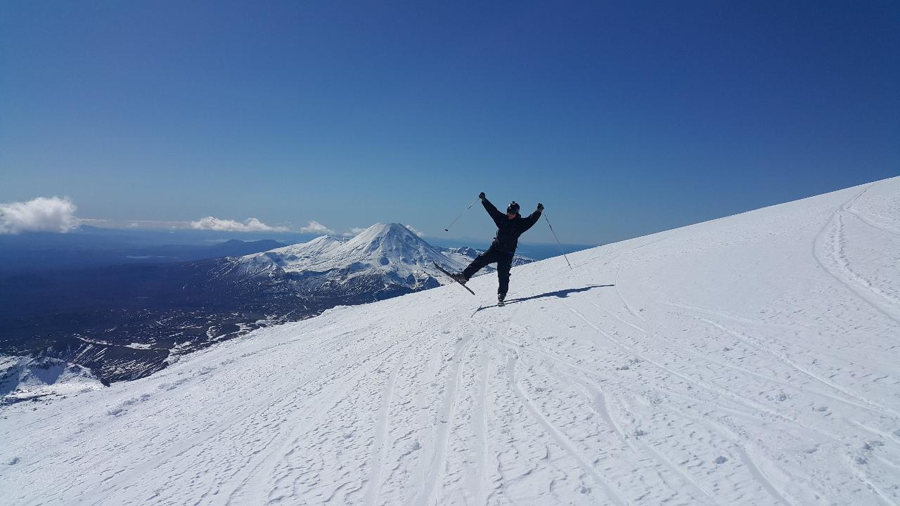 Mt Ruapehu Snow Shuttle - Turangi