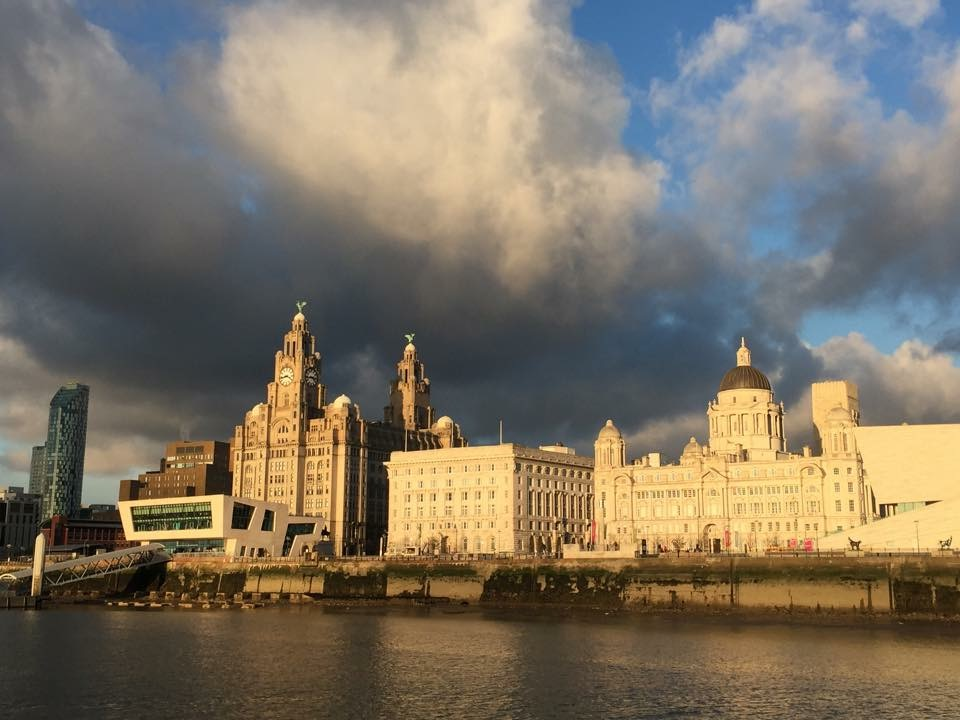 Lighthearted 90 minute Walking tour for Liverpool delegates with a local tour guide - available in 6 languages.
