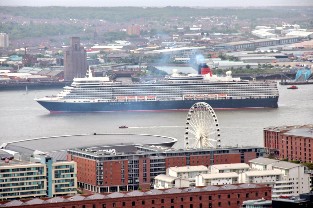 Full day Guided Liverpool Shore Excursion in Luxury Transport