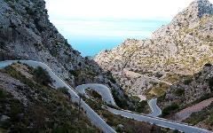 Montserrat & Porsche 911 Coupe