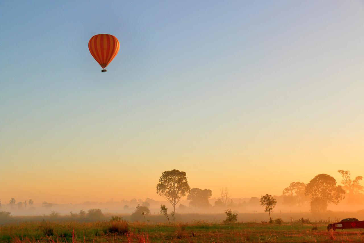 30 Minute Jet Ski Safari plus Hot Air Balloon ride with Champagne breakfast