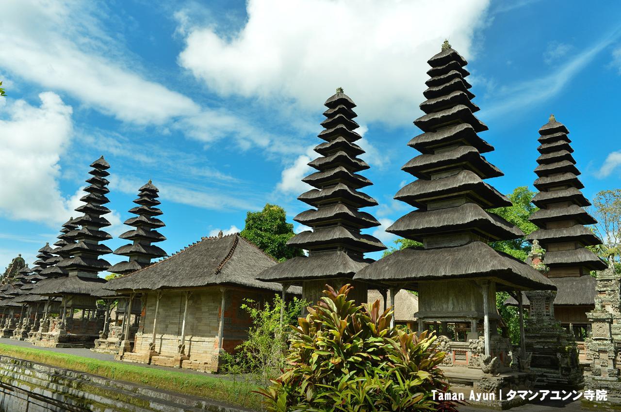 ウブドでお散歩、タマンアユン&タナロット寺院観光