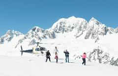 Helicopter flight with snow landing, family package* (*2 Adults 2 Children, Fox Glacier departure)