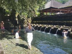 Ubud Electric Bike Tour to Tirta Empul Water Temple