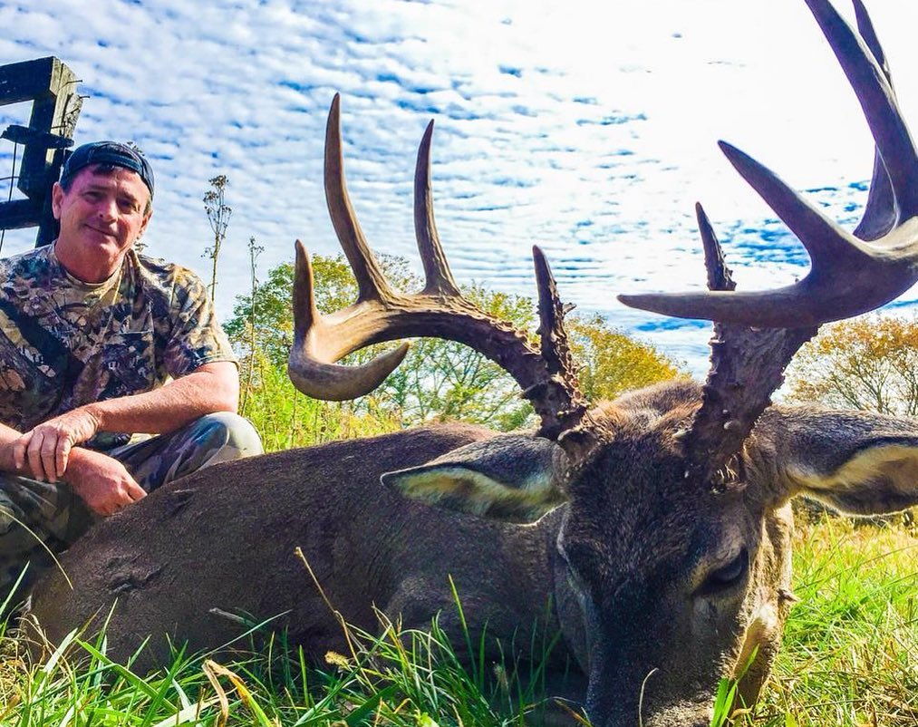 Central Camp Kentucky 7 Day 8 Night Rifle Hunt - Opening Week