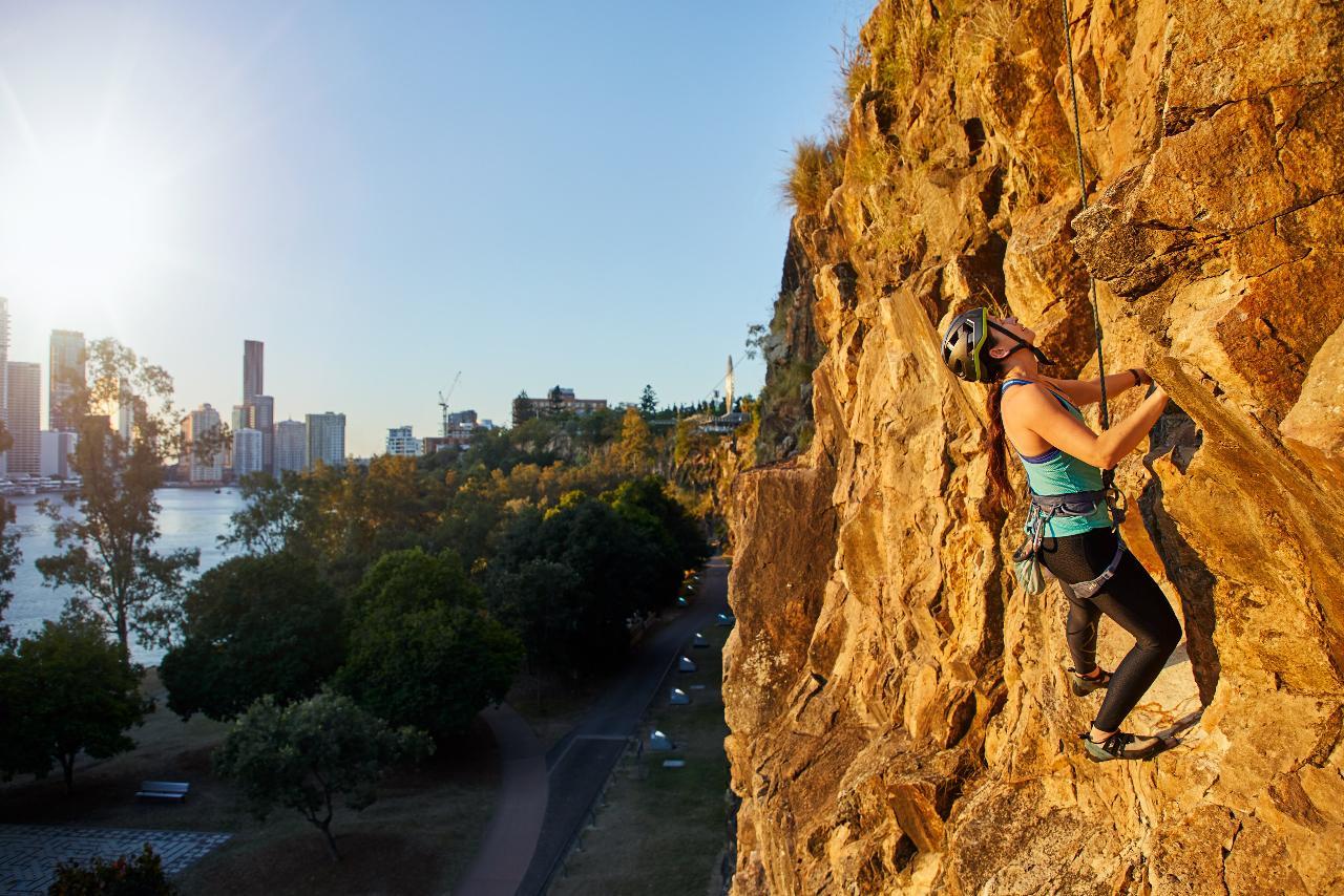 Womens Climbing Course