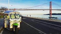 Go West to Belém Tuk Tuk Tour
