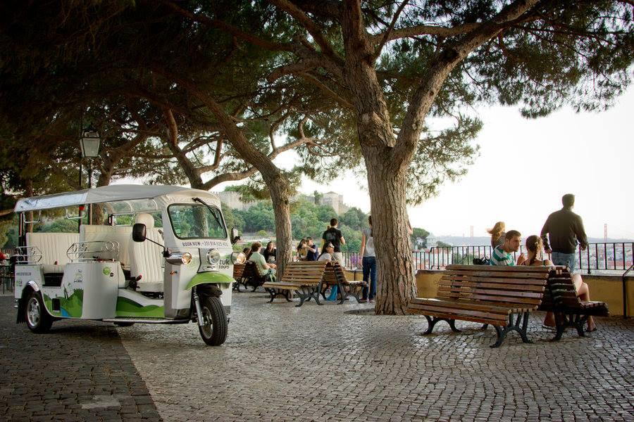 NÃO USAR  Lisbon Belvederes | Portuguese (old)