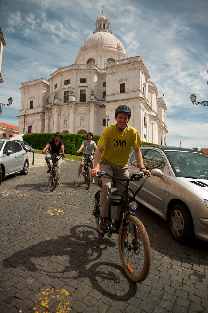 NÃO USAR E-Bike Up The Hills Tour | German
