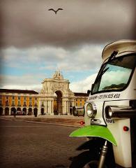 À la carte Lisboa Tour by Eco Tuk Tuk | EN