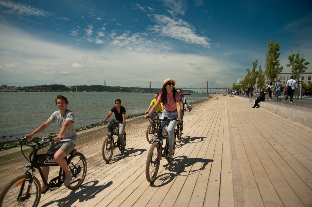 E-Bike Follow The River Belém Tour