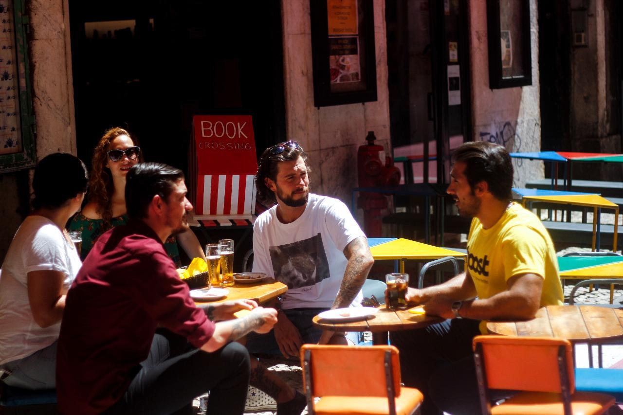 NÃO USAR Lisbon Food Tour | Portuguese