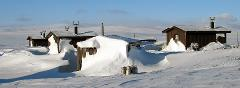 4-day private expedition - Snowmobile trip over the Arctic tundra to beautiful Camp Rostujávri