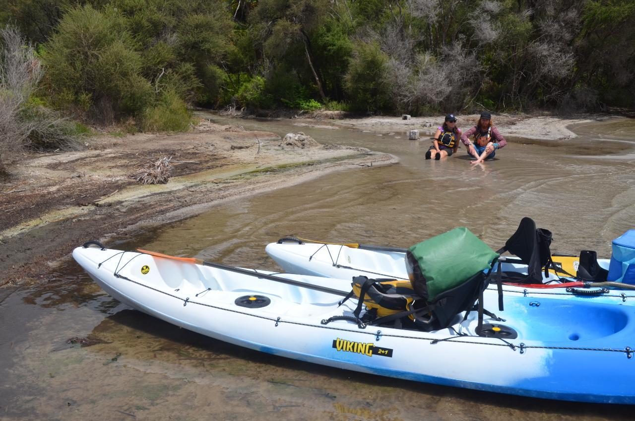 Overnight Hot Water Beach Kayak Tour