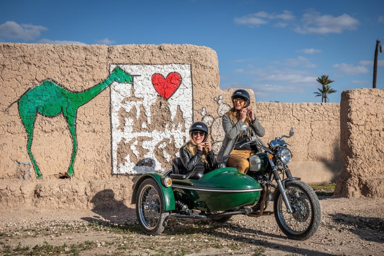 Sidecar Experience in Marrakech * Expérience en sidecar à Marrakech (1h30)