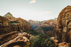 Las Vegas - Grand Canyon West Rim Luxury Bus Tour
