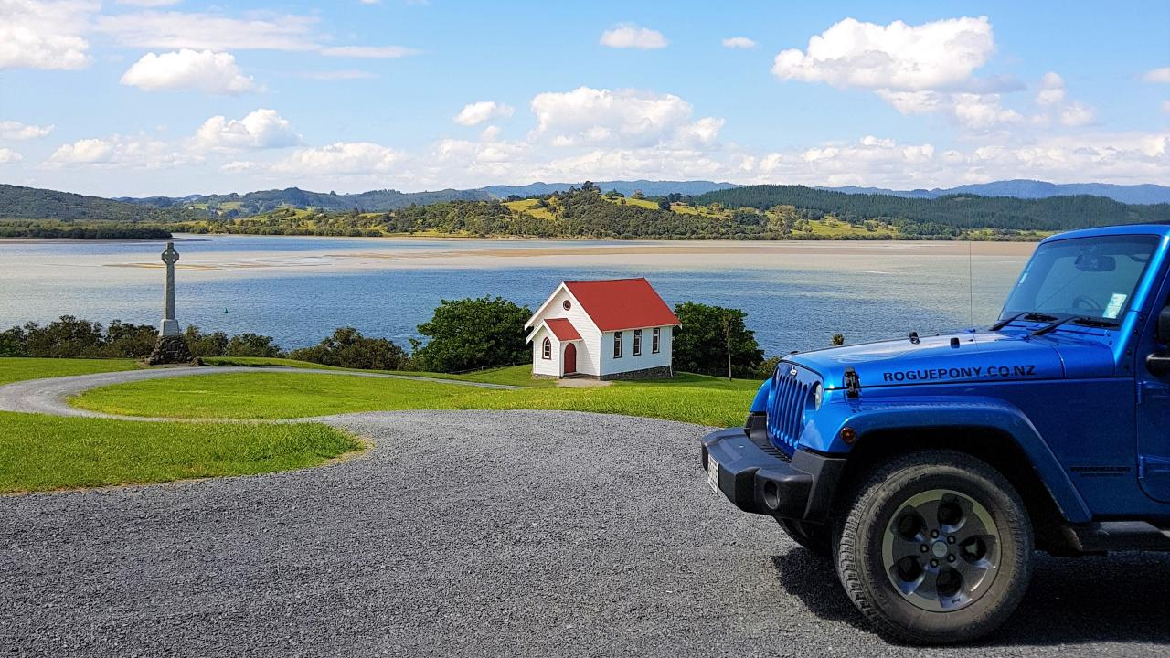 """Unique Private Tour of the Bay of Islands 5 Hour """"TREATY TREK"""""""