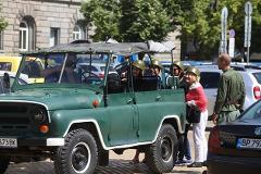 Sofia: 2 hour Sightseeing Tour in Russian Jeep