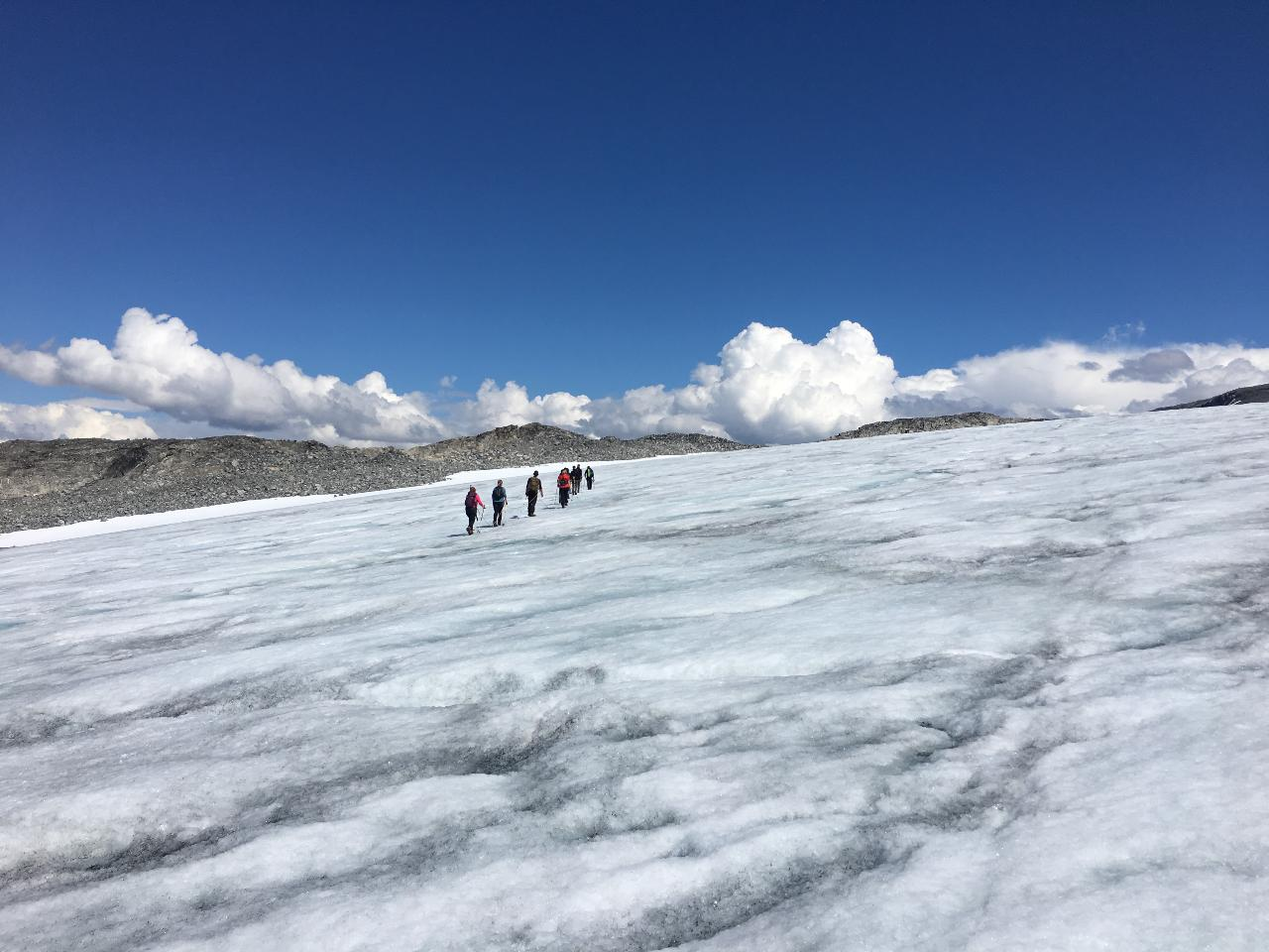 Glacier Guiding on the Tystigbreen Glacier at Strynefjellet