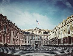 Louvre and Versailles Full Day Private Tour Sedan car 1 to 3 pax