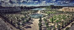 Versailles Palace + Gardens 4H Private Tour Sedan 1-3 Pax (Afternoon)