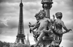 Paris Full-Day Sightseeing 8H Private Tour with Eiffel Tower Sedan Car 1 to 3 pax