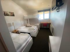 Bike Lodge - ROOM with ensuite