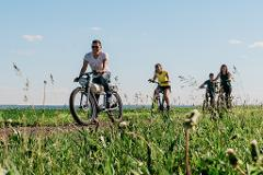 Location de Vélos réguliers sur l'Île d'Orléans - Circuits de 10 à 67 km // Regular bike rental on the Ile d'Orleans - Circuits from 10 to 67 km