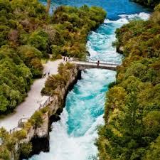 Hobbiton, Waitomo Caves, Rotorua & Taupo 2 Day Small Group Tour