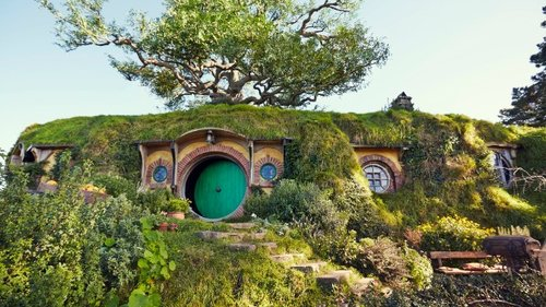 Hobbiton Movie Set Tour from Auckland (small groups)