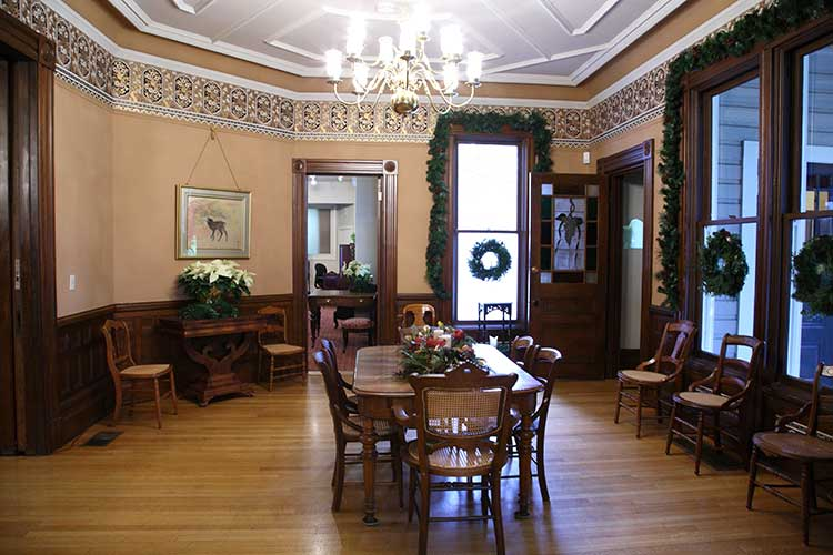 Private Marshall House Tour