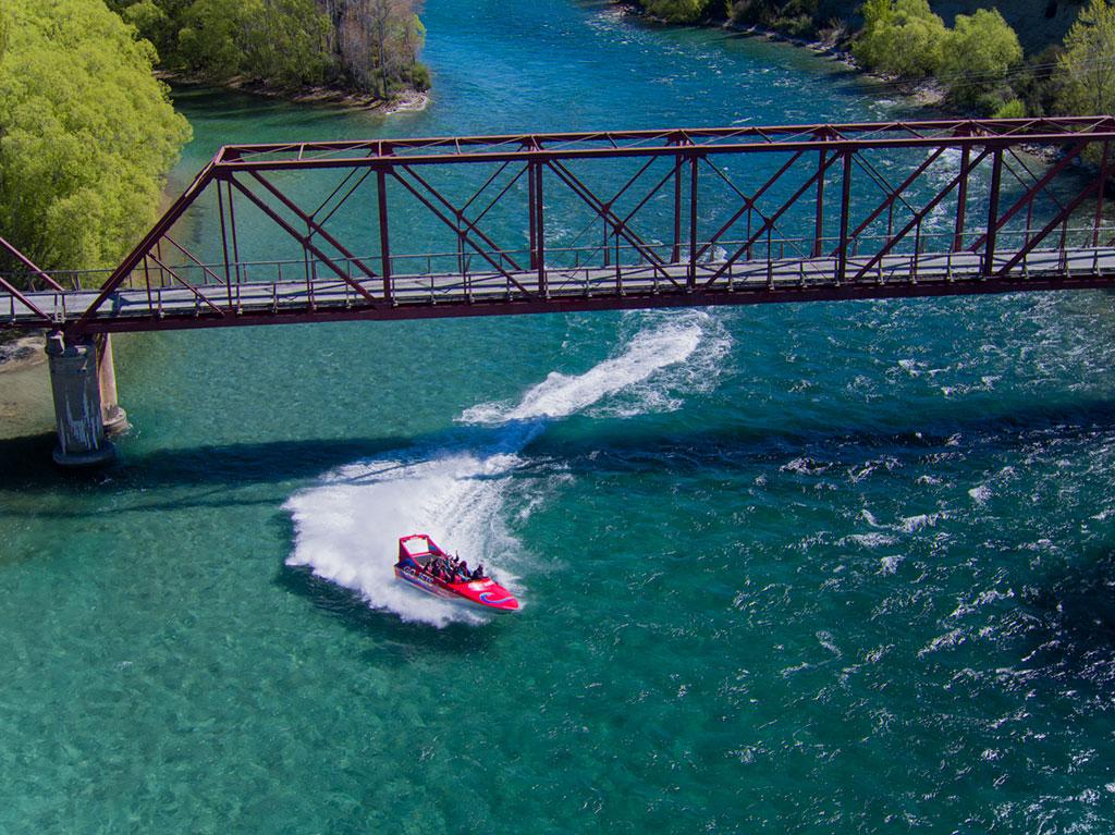 Jet Boat Ride - Kids Go Free!