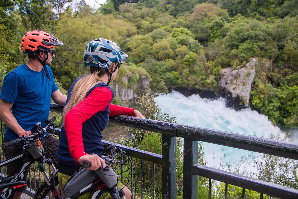 Huka Falls river trail 17km self guided tour