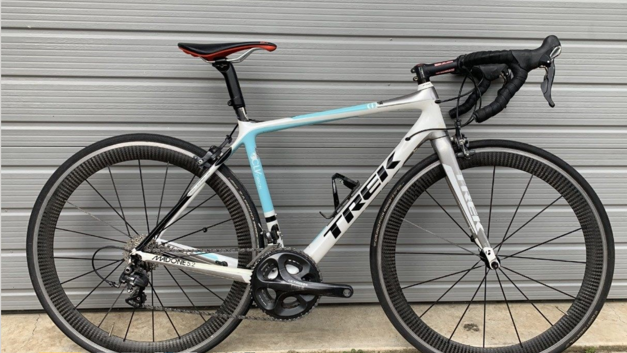 Small (52) Trek Madone Road Bike Hire
