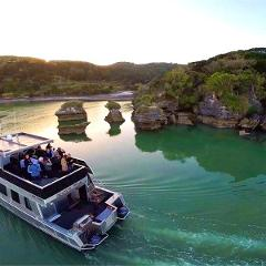 School Holidays Special - Morning Scenic Harbour Cruise on 29th April 2021. Pay for 1 Adult and 1 Child Travels Free ($29 Saving!)