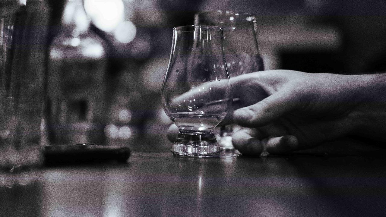 Whisky Bars & Gin Joints Tour