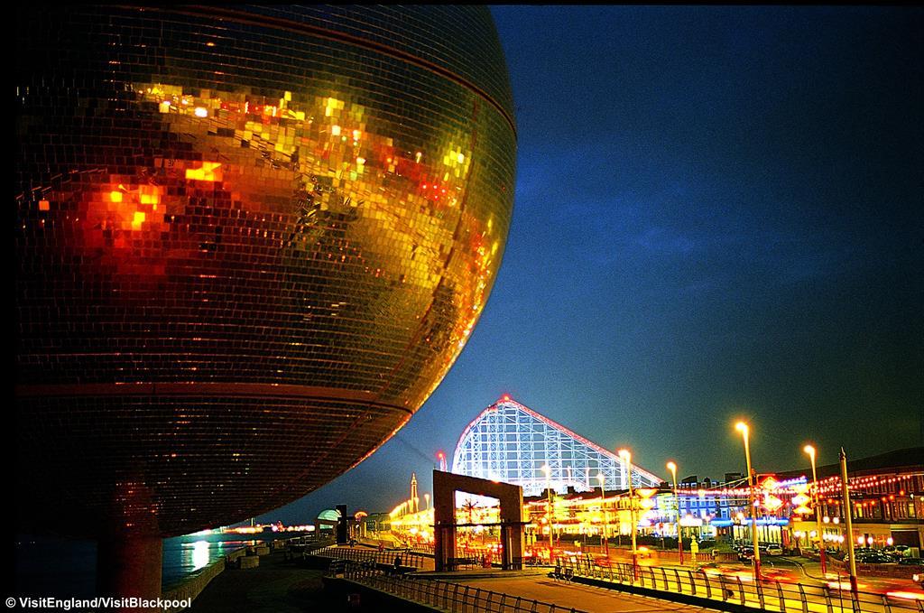 Blackpool Illuminations & Lake District - Mon 27th Sept 2021