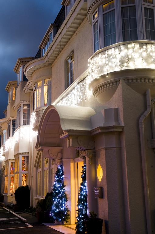 Torquay - 3* Headland Hotel - Turkey 'n' Tinsel - Fri 6th Dec 2019