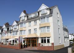 Paignton - 3* Queens Hotel - Turkey 'n' Tinsel - PRICE DROP!!! - Fri 7th Dec 2018