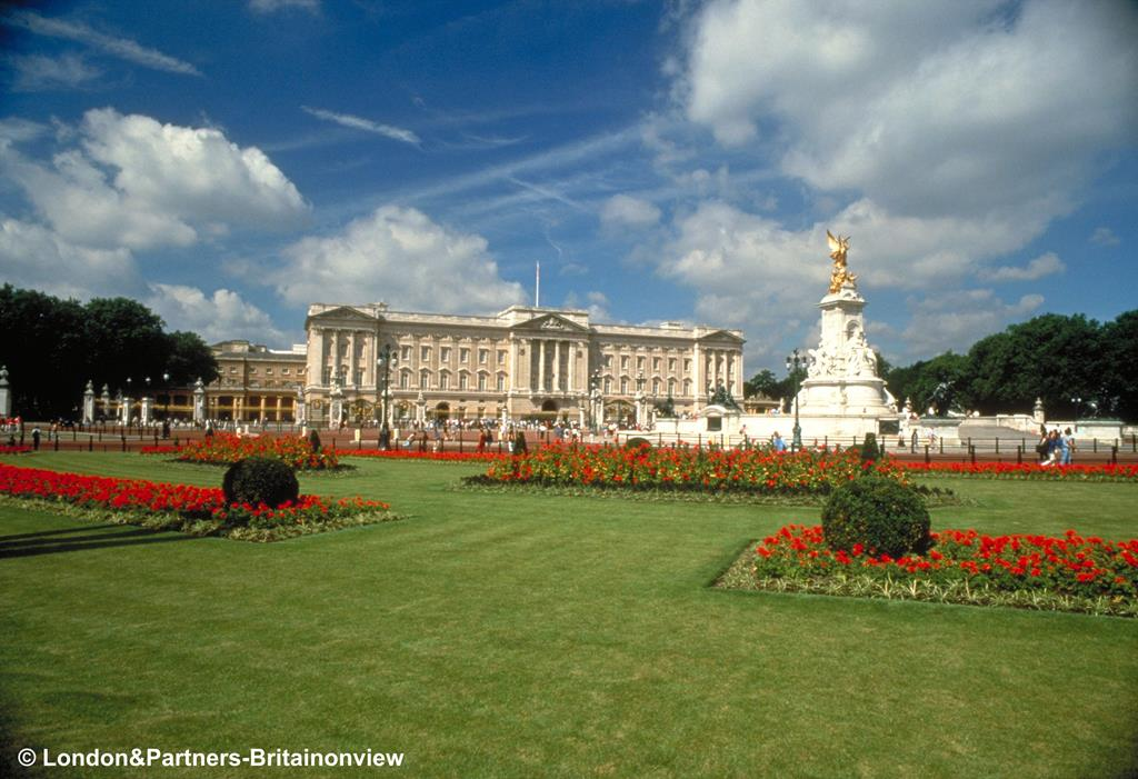 Buckingham Palace - The State Rooms - Tue 13th Aug 2019