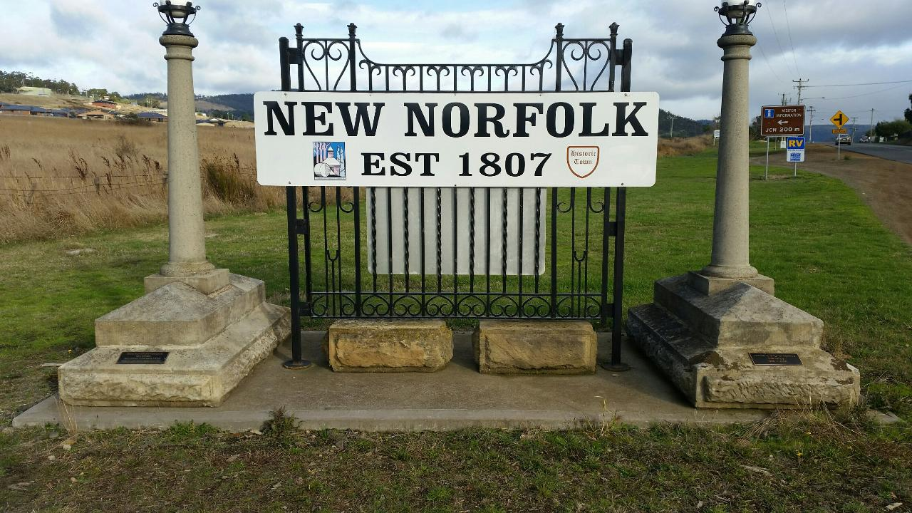 Historical New Norfolk (River Derwent 60 minute)